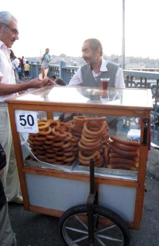 Halka Tatlisi Istanbul Cart