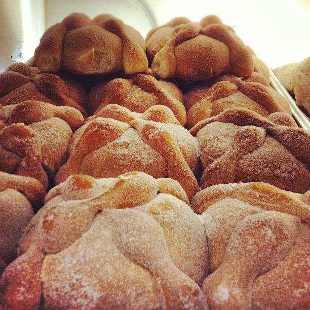 Dia de los Muertos and Pan de Muerto | Eating The World