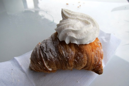Pastry Post-Doc: Classic Neapolitan Sfogliatelle | Eating The World
