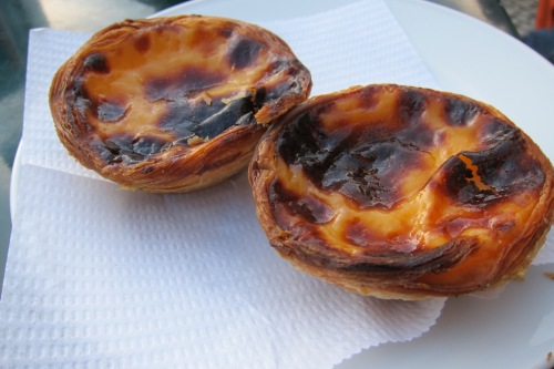 the best pastel de nata in lisbon eating the world. Black Bedroom Furniture Sets. Home Design Ideas