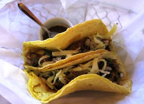 Azteka Tacos