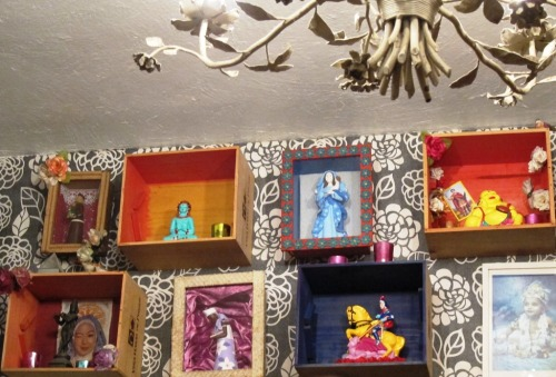 Zaza Bistro Altars