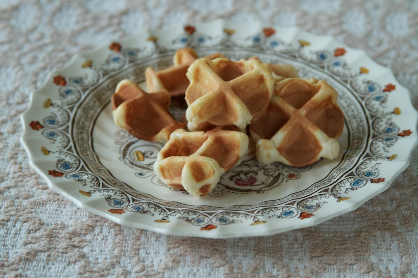miniature waffles from the democratic republic of the congo eating the world. Black Bedroom Furniture Sets. Home Design Ideas